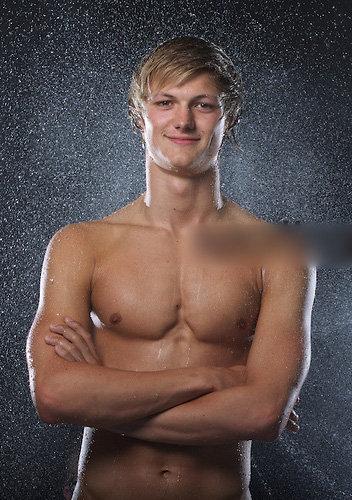swimmer sportman Ieuan Lloyd naked_001