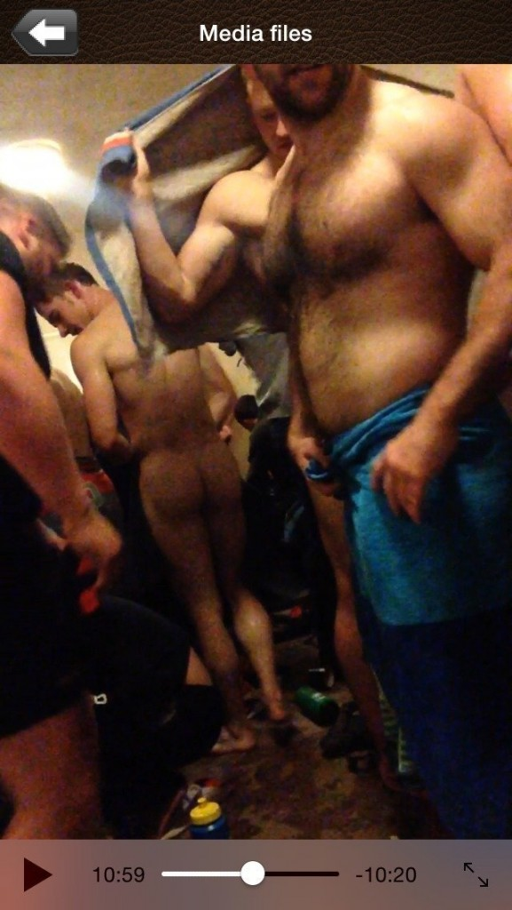 hidden cam sexy guy naked locker room_007