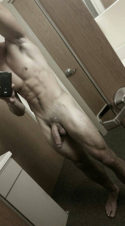 ericdeman model charlie matthews huge dick selfie