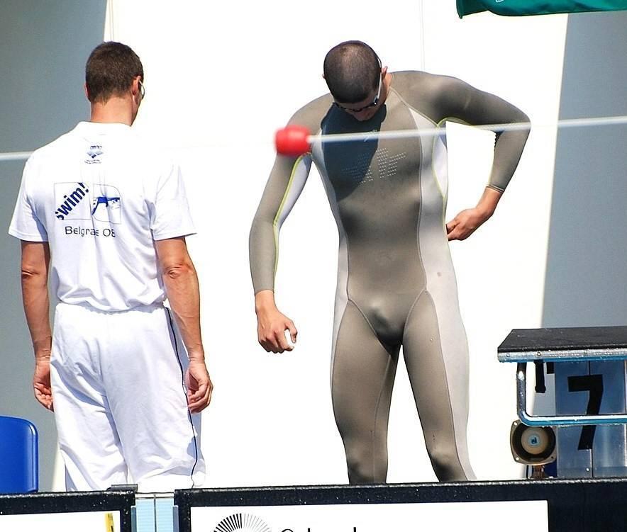 spandex sportman bulge