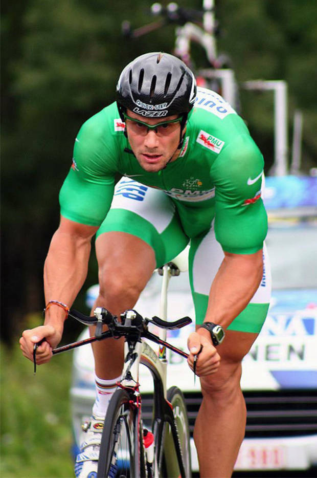 sport cyclist big bulge spandex