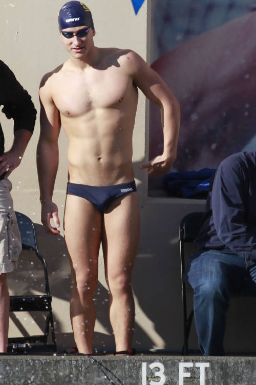 swimmer speedo big dick bulge