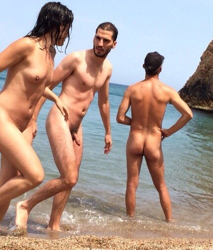 straight nudist guy