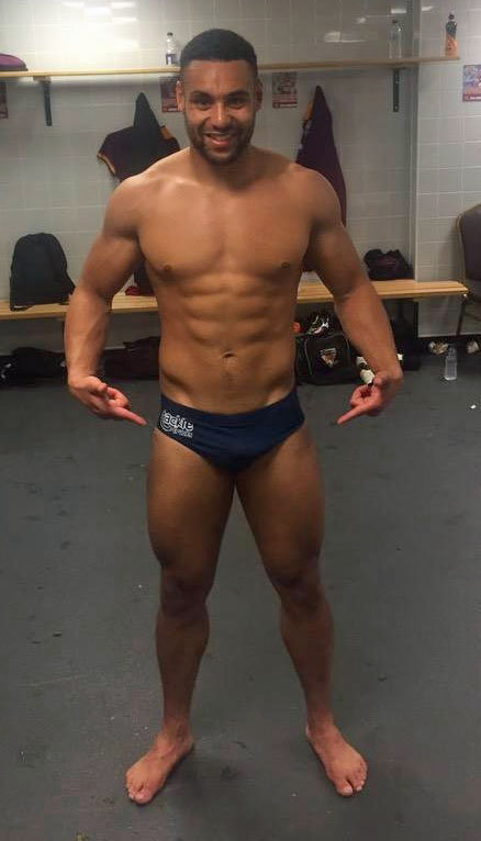 rugby player jodie broughton underwear bulge lockerroom