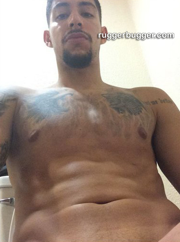 basketball player pedro meza naked selfies