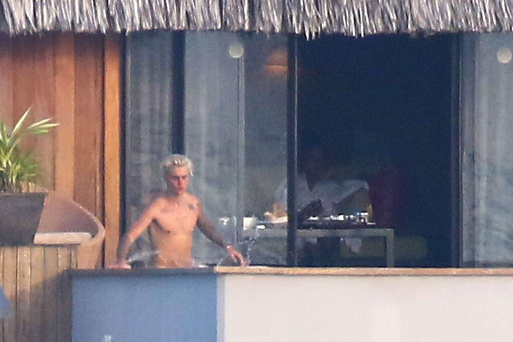 Justin bieber uncensored nude bora bora
