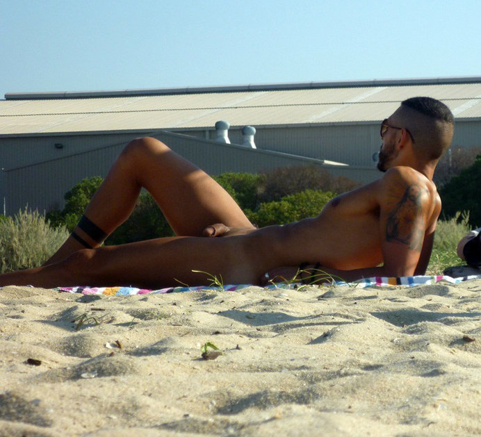 nude guy dick out beach
