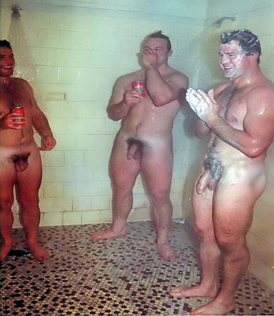 French rugby players shower