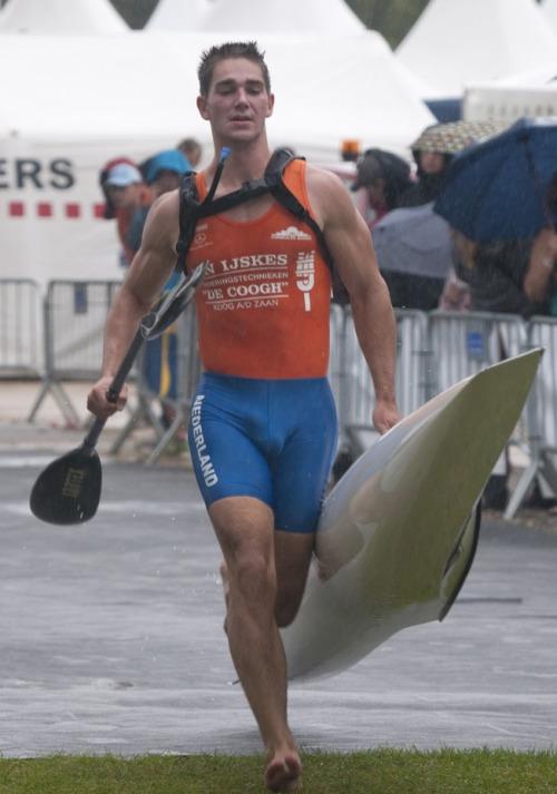 sportsmen lycra visible penis line