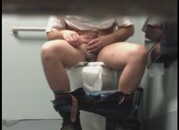 gay hidden camera toilet