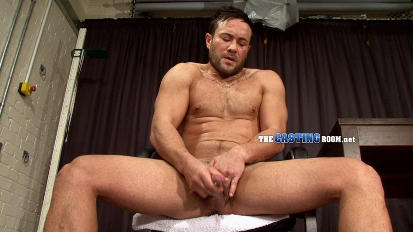 straight guy jerk off thecastingroom