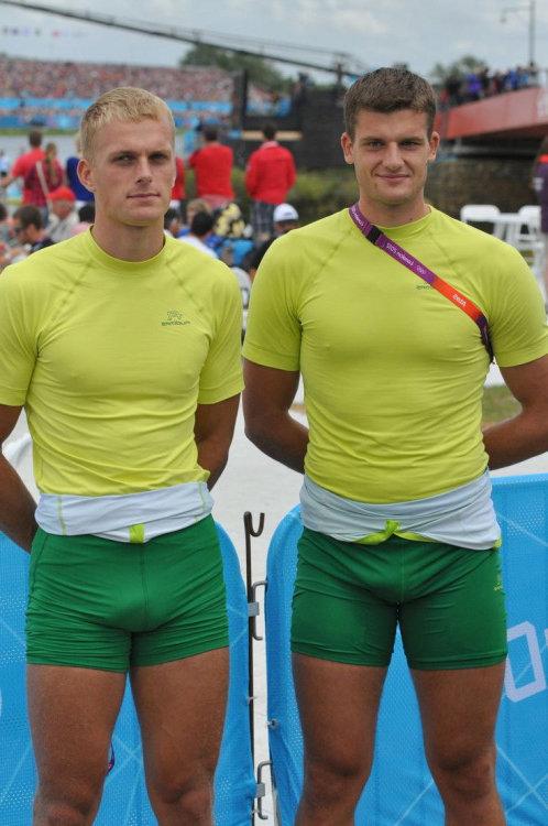 athletes spandex bulges vpl