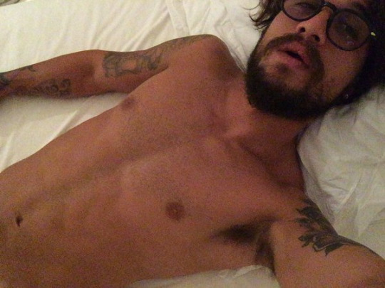 daniel osvaldo nude selfies