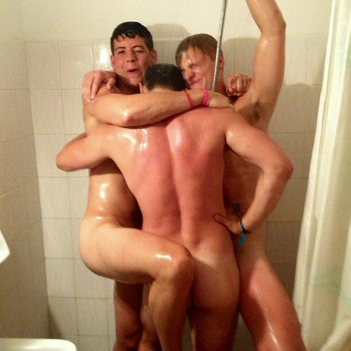 straight guys naked shower
