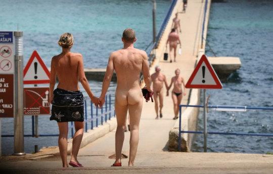 straight nudist man ass