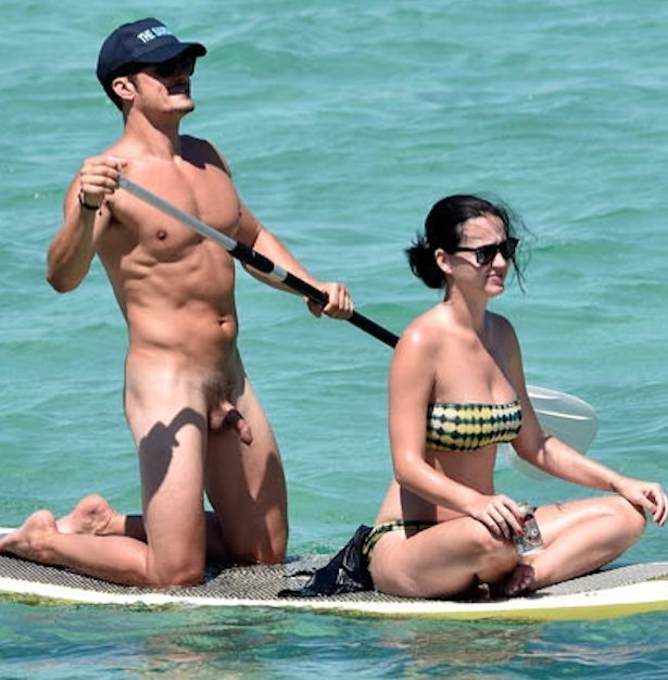 orlando bloom caught naked holiday