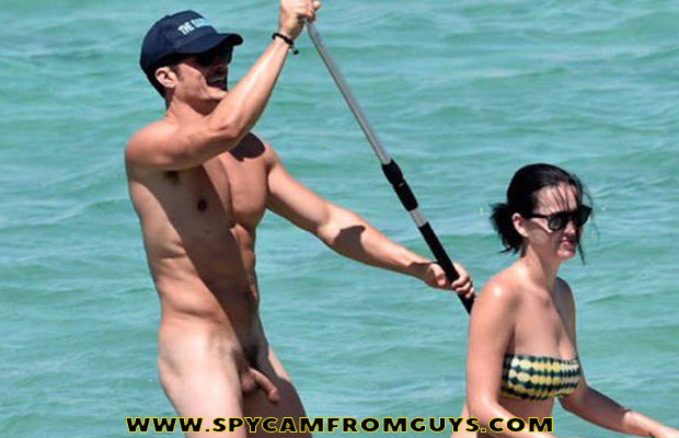 orlando bloom caught naked uncensored pics