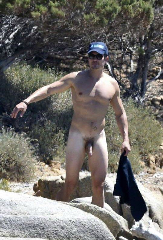 orlando bloom semi hard dick