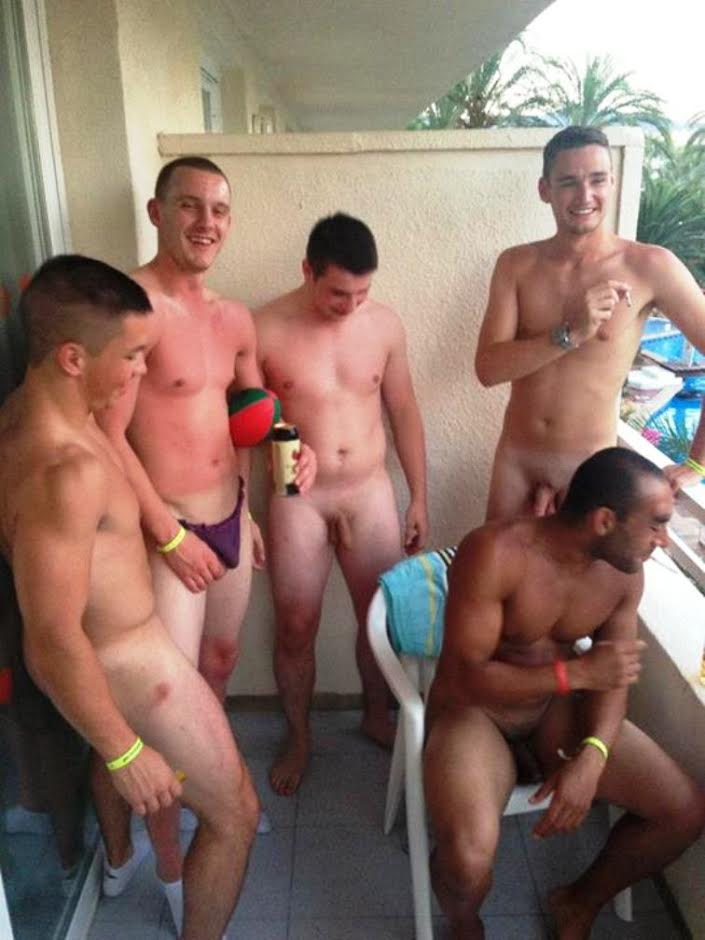 group-straight-guys-naked-balcony