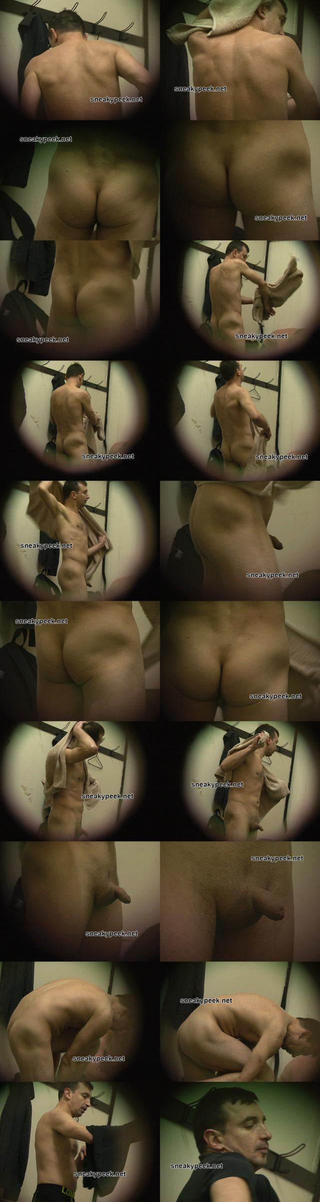 spy-on-naked-guy-after-shower
