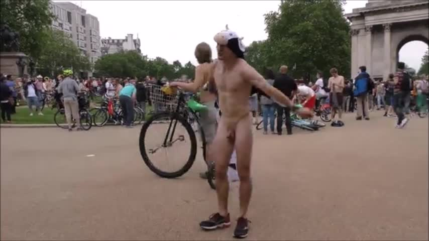 french-men-naked-london-wnbr-1