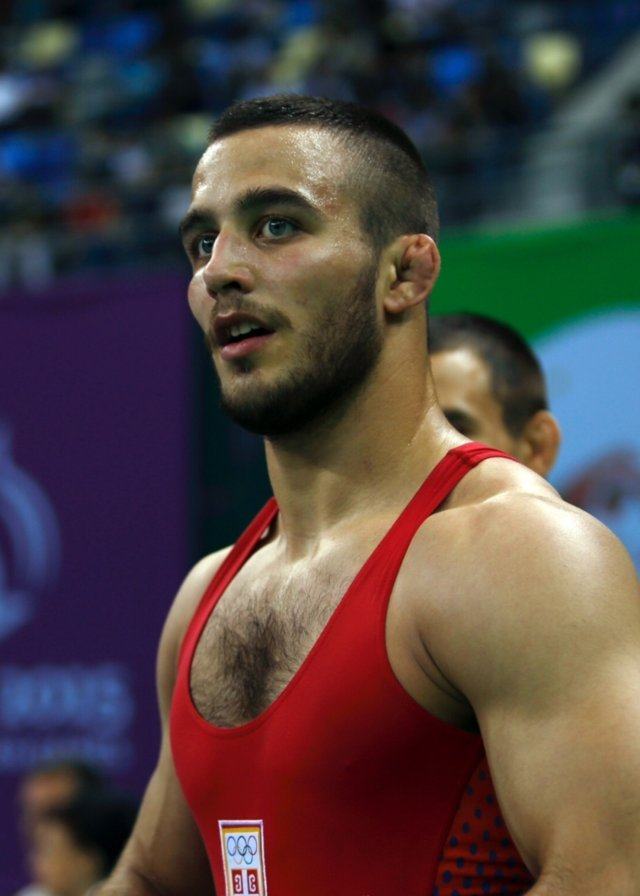 muscled-fighter-spandex-singlet