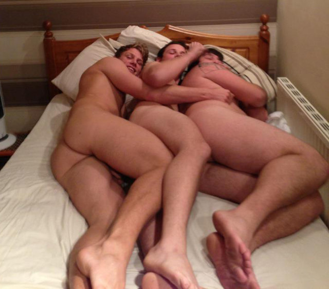 three-straight-friends-naked-bed