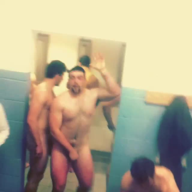 rugby-lads-in-the-locker-room-3