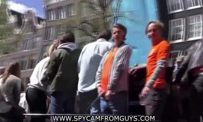 guys peeing in public in amsterdam
