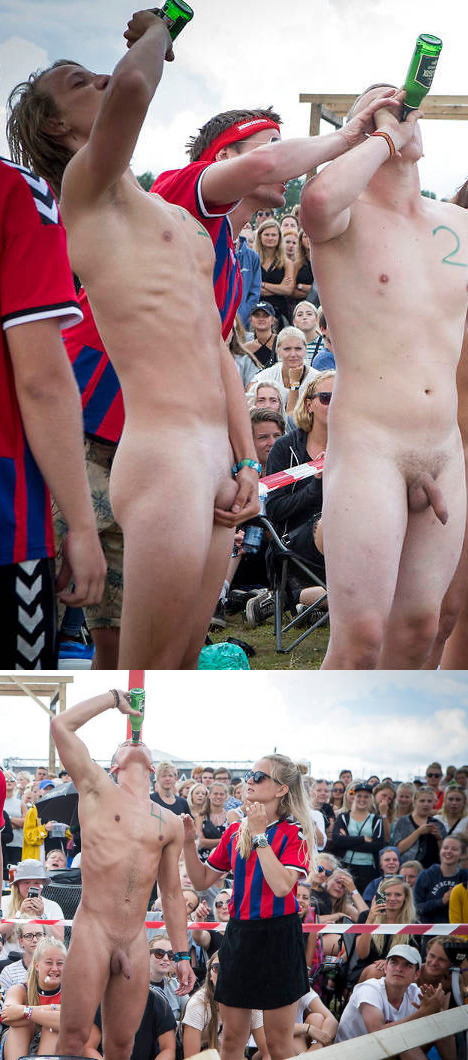 guys naked in public at smukfest