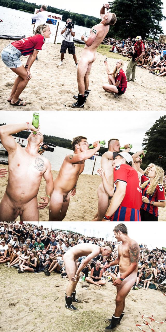 naked-guys-contest-smukfest-festival-1