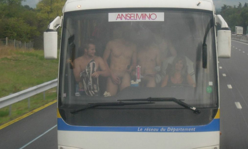 rugby guys naked on the bus