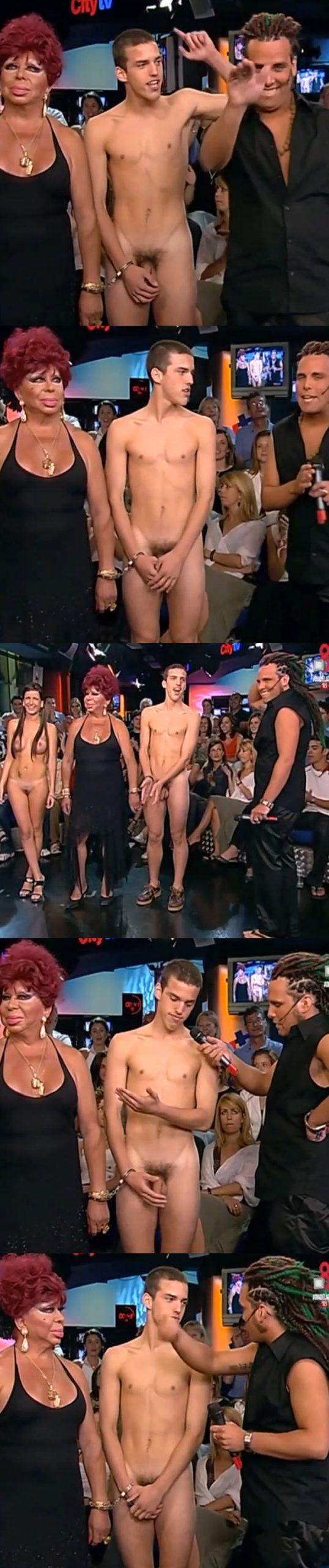 straight guy full frontal naked on tv show