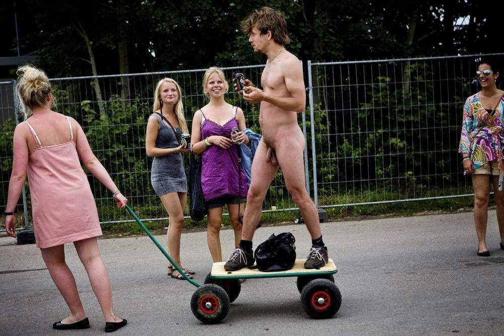 nude guy in public