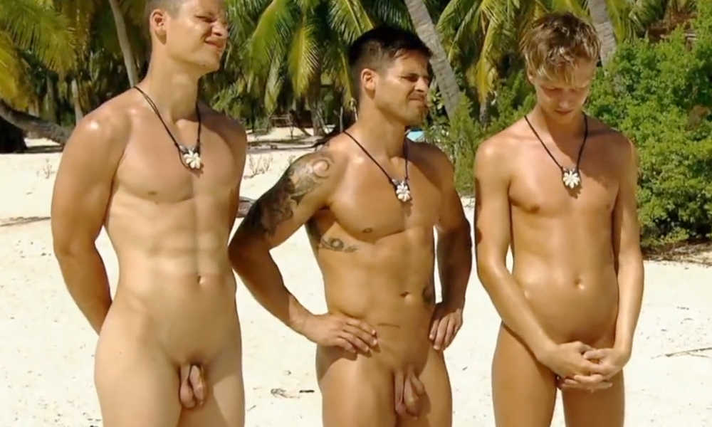 straight guys full frontal naked tv show