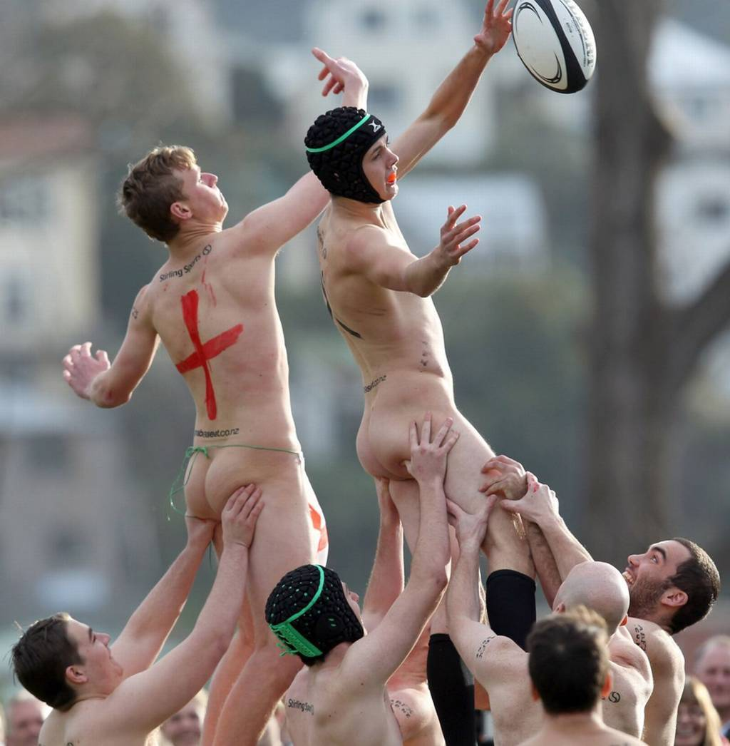 England And New Zealand Amateur Rugby Players Naked Match -1799