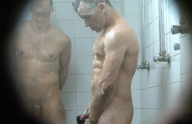 naked girls taking a shower with guys