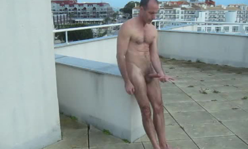 Man Jerking On The Rooftop  Spycamfromguys, Hidden Cams -8036