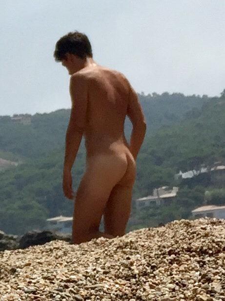 Sexy Guys Peeing Naked Jpg