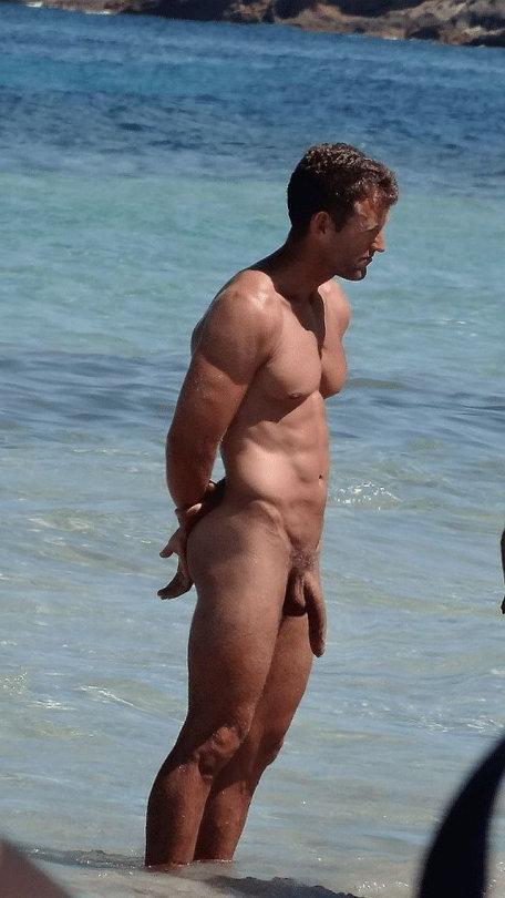 Huge cock nude