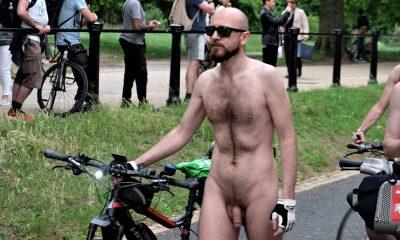 Behaarte nackte Biker männlich — bild 7